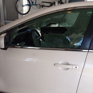 broken car window service