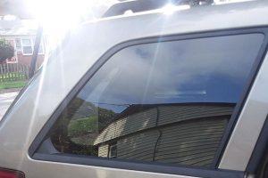 repair of side window on car
